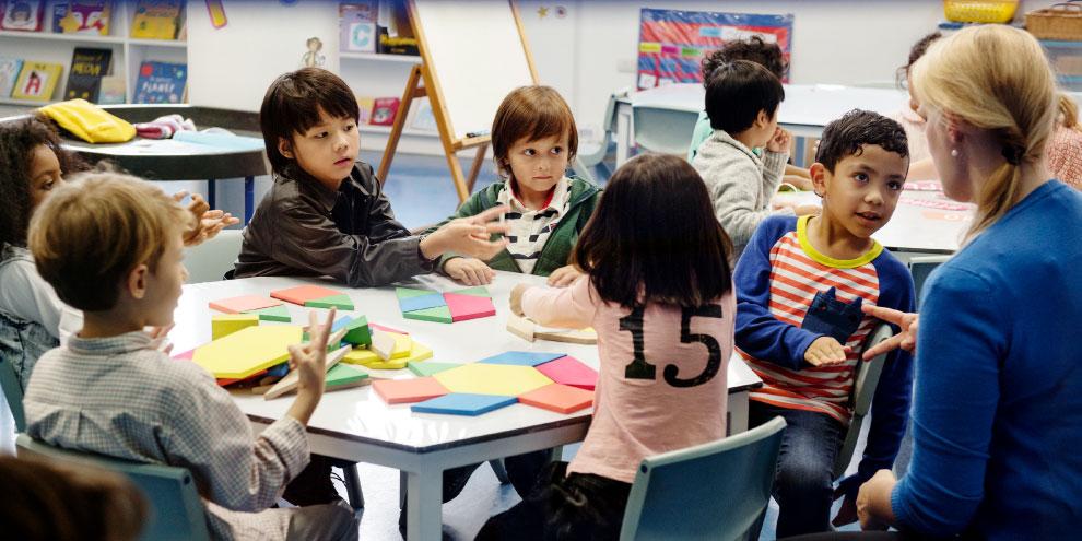 Miami-Dade quer ouvir pais e responsáveis antes de fazer cronograma de volta às aulas