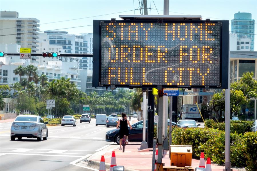 Condados da FL fecham acampamentos de verão em parques públicos pela pandemia