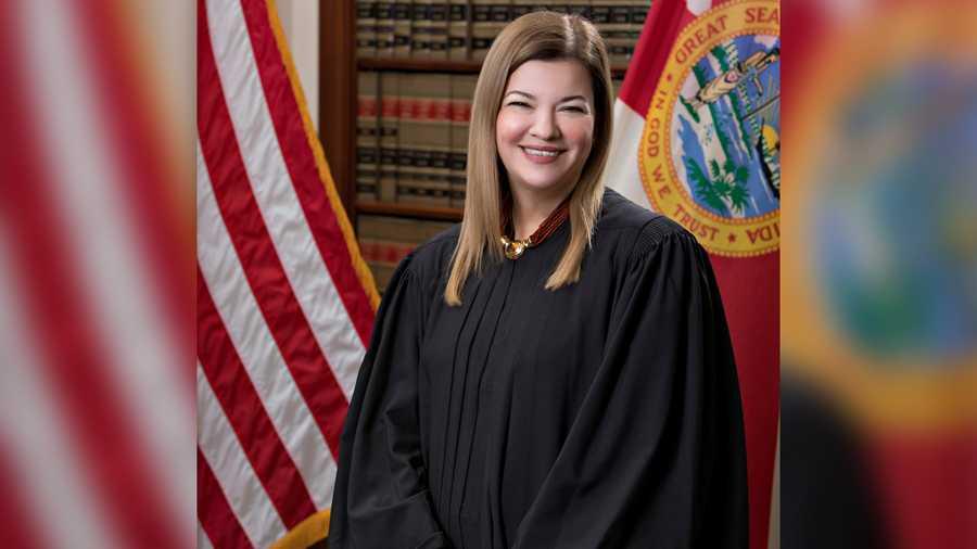 Juíza cubano-americana da Flórida está na lista de Trump para a Suprema Corte