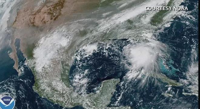 Abrigos são abertos na Flórida, Alabama, Mississippi e Louisiana pelo furacão Sally