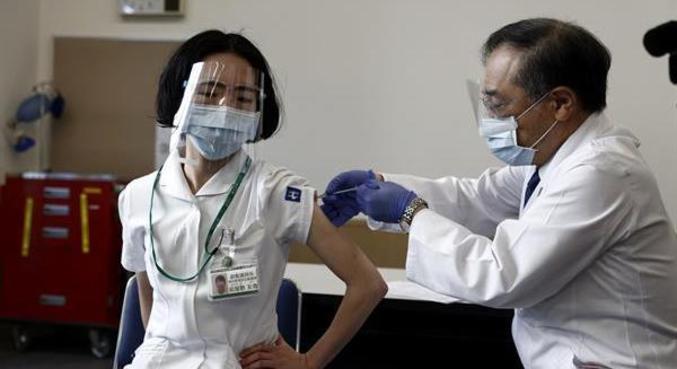 Estudo japonês indica que Pfizer é eficaz também contra variantes
