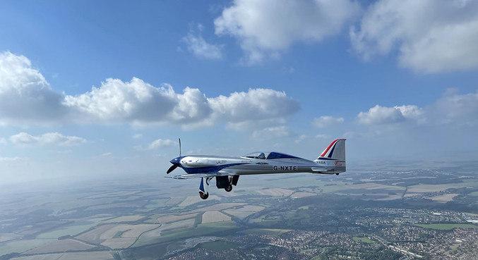 Avião elétrico mais rápido do mundo realiza primeiro voo
